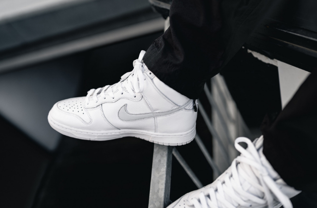 Nike Dunk High 'Pure Platinum'