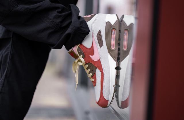 Nike Air Max 90 NRG Bacon (1)