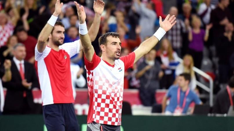 polideportivo-copa-davis-croacia-gano-dobles-y-pone-serie-2-1-ante-argentina-n255734-808x454-324911